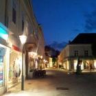 20120508-baden-theaterplatz-nachts-1